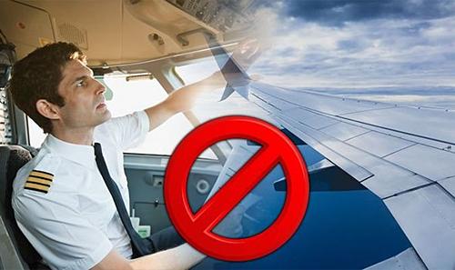 Phần lớn trên các chuyến bay, phi công chỉ gửi lời chào đến hành khách saulúc cất cánh và hạ cánh. Ảnh: Express.