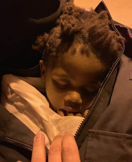Cảnh sát phải đăng ảnh bé gái lên mạng xã hội để huy động sự giúp đỡ từ cộng đồng. Ảnh:PBSO.