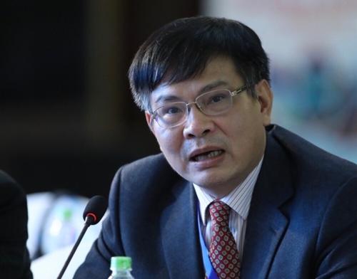 Tiến sĩ Lương Hoài Nam là chuyên gia trong lĩnh vực hàng không và du lịch, hiện là thành viên của Hội đồng tư vấn du lịch Việt Nam (TAB).