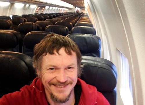 Skirmantas là hành khách duy nhất trên chuyến bay. Ảnh: Skirmantas Strimaitis.