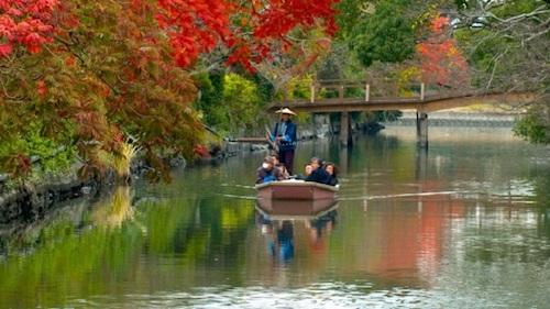 Sông Yanagawa thu hút khách du lịch vì vẻ đẹp dịu dàng, êm đềm. Ảnh: Japan Discovery.