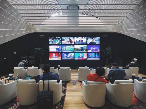 Bên trong phòng Lounge 5 sao tại sân bay lớn nhất thế giới. Ảnh: Bảo Khánh.