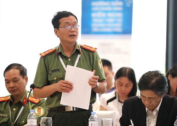 Ông Nguyễn Văn Thống, Phó Cục trưởng Cục Quản lý xuất nhập cảnh.