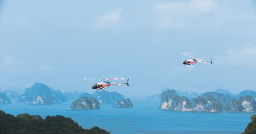 Du khách sẽ có 12 phút ngắm toàn cảnh đẹp vịnh Hạ Long từ trên cao.