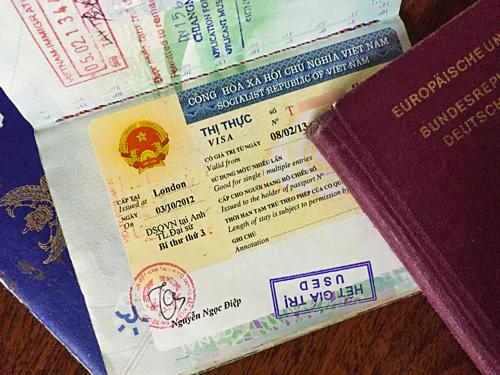 Chính sách thị thực vào Việt Nam đã có nhiều cải thiện nhưng vẫn cần đổi mới để tạo điều kiện thuận lợi cho du khách. Ảnh: Visa-vietnam.