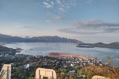 Toàn cảnh đảo Coron nhìn từ trên cao.