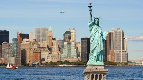 Tượng Nữ Thần Tự Do là một điểm du lịch nổi tiếng của Mỹ. Ảnh: Makers.