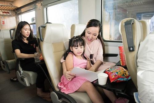 Công ty Cổ phần Vận tải đường sắt Hà Nội tặng thêm các đôi tàu chạy tuyến Hà Nội- Sài Gòn, Hà Nội- Đồng Hới, Hà Nội- Đà Nẵng...