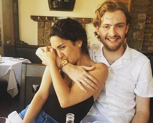 Issac gặpbạn gái, Camila khi cô tới Anh học trong một chương trình trao đổi sinh viên. Ảnh: Triangle News.