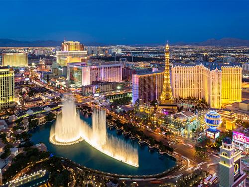 Las Vegas là một trong những thành phố đông dân nhất nước Mỹ. Ảnh: Visit LasVegas.