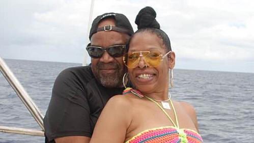 Hai vợ chồng Nathaniel Holmes, 63 tuổi và Cynthia Day, 49 tuổi, đến Dominica kỷ niệm 9 năm ngày cưới và họ đã không còn cơ hội trả phòng khách sạn. Ảnh: Fox.