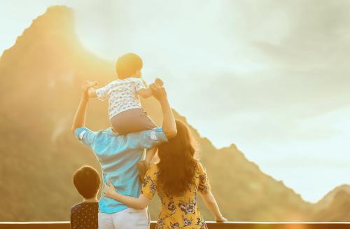 CHIÊM NGƯỠNG BỘ ẢNH TUYỆT ĐẸP TRÊN DU THUYỀN CỦA GIA ĐÌNH ĐAN LÊ (bài xin Edit) - 6