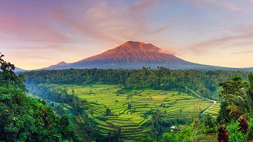 Các điểm đến ở châu Á đang là xu hướng du lịch trong mùa hè năm nay, được các hãng hàng không đẩy mạnh khai thác. Ảnh: Condé Nast Traveller India.