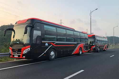 Rất nhiều xe giường nằm tại các thành phố lớn như Hà Nội, Đà Nẵng, TP HCM đi đến Quy Nhơn. Ảnh: Tiến Oanh.