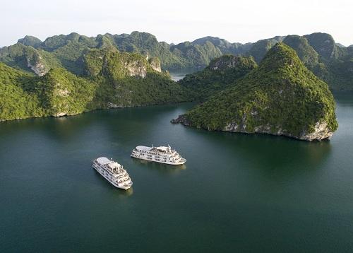 Dạo chơi Hạ Long với kỳ nghỉ trên du thuyền cao cấp Du thuyền cao cấp Paradise Elegance