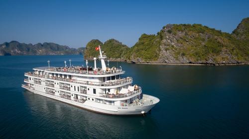 Dạo chơi Hạ Long với kỳ nghỉ trên du thuyền cao cấp Du thuyền cao cấp Paradise Elegance  - 1