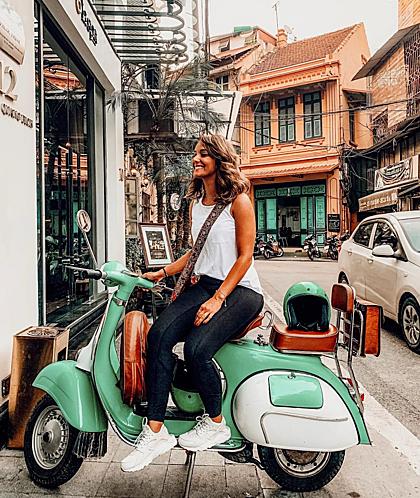 Việc đưa các blogger du lịch Kuwait tới Việt Nam hiện do các hãng hàng không như Qatar và Emirates tài trợ vé máy bay, Vietravel lo toàn bộ chi phí tại điểm đến. Ảnh: Fatima Al-Mattar.