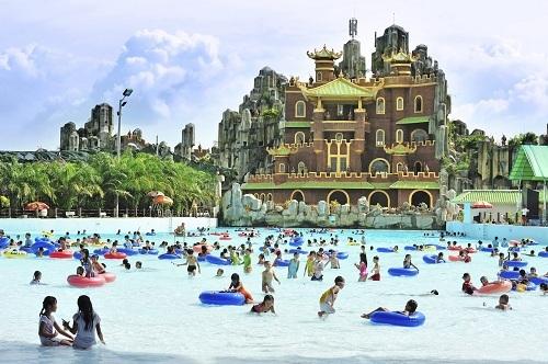 Khu du lịch Đại Nam, Bình Dương đón 2 triệu lượt du khách đến tham quan mỗi năm. Ảnh: Vntrip.