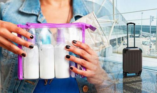 Nhiều hãng hàng không quy định chất lỏng để trong hành lý xách tay phải bỏ trong túi nilon, có diện tích 20 cm x 20 cm. Ảnh: Express.