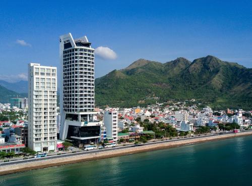 Ưu đãi nghỉ dưỡng tại khách sạn 5 sao ở Nha Trang