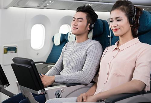 Hành khách có thể ngủ khi máy bay ổn định độ cao. Ảnh: Vietnam Airlines.