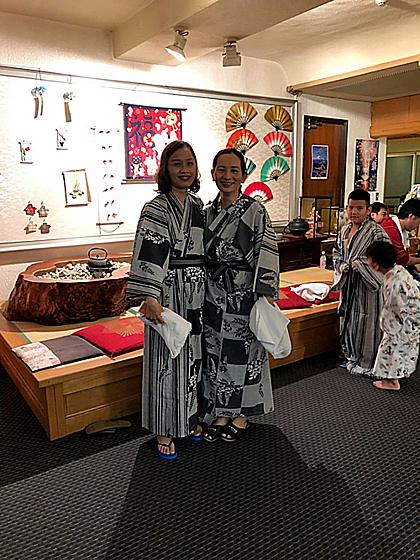 Tour Nhật Bản sẽ đưa du khách đếncác thành phố như Tokyo, vườntrái cây Yamanashi, thành phố Hakone và nhiều địa danh nổi tiếng khác xứ sở hoa anh đào. Du khách cũng đượctrải nghiệm các hoạt động thú vị như trải nghiệm ẩm thực và trái cây Nhật Bản hay tắm suối nước nóng tại các khu vực nổi tiếng như thành phố Hakone.