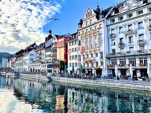 TST tourist giảm giá tour đi Thụy Sĩ, Áo đến 3 triệu đồng (T) - 1