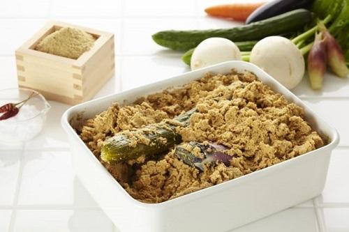 Rau củ được ủ với cám gạo là mónkhá khó ăn với thực khách mới đến Nhật Bản. Ảnh: Hakkola.