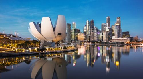 Đặt vé tham quan đảo quốc sư tử Singapore giá chỉ từ 3,5 triệu đồng sau thuế cho chuyến bay khứ hồi.