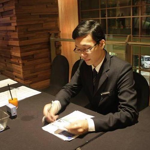 Anh Quốc Bảo có kinh nghiệm làm quản lý tại nhiều khách sạn 5 sao.