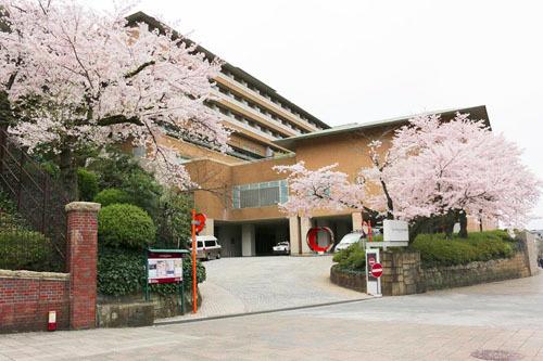 Khách sạnWesting Miyako Kyoto nằm ở vùng ngoại ô. Ảnh: Justgola.