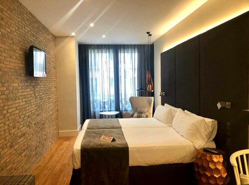 Nhiều khách sạn ở châu Âu vàMỹ không cần nhân viên lên kiểm phòng khi khách rời đi, mà tin tưởng vào sự trung thực của khách. Ảnh: Phương Anh.