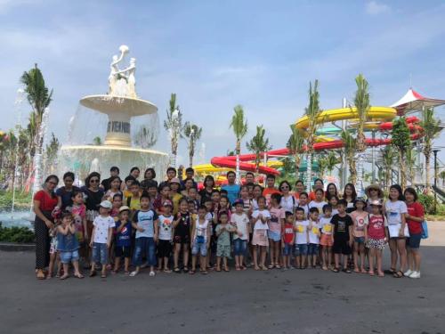 Đại diện công viên nước Thanh Hà khẳng định, ban quản lý sẽ đảm bảo có nhân viên cứu hộ, nhân viên an ninh trực trong dịp nghỉ lễ để đảm bảo an toàn cho khách hàng.