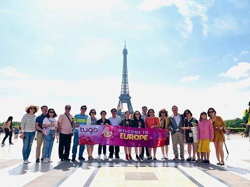 Các tour châu Âu ở đây có giá bán từ 39.999.000 đồng.