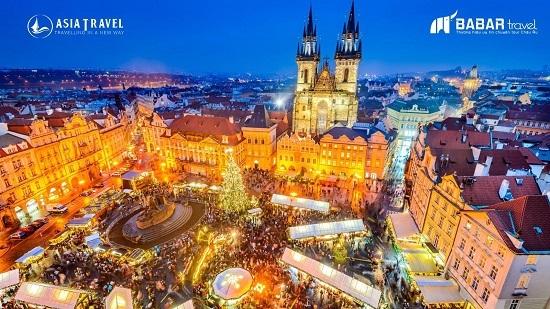 Prague có khu chợ giáng sinh đẹp nhất châu Âu.