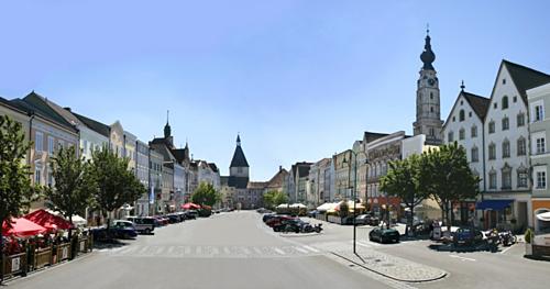 Thị trấn Braunau am Inn. Ảnh: Amusing Planet.
