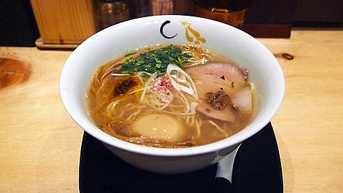 Món mì ramen trứ danh đã giúp cho Konjiki Hototogisu trở thành nhà hàng thứ 3 ở Tokyo đạt được 1 sao Michelin (Ảnh: Lim Chee Wah)
