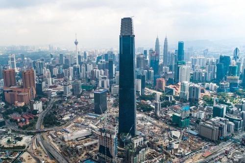 Không chỉ hạ bệ tháp đôi Petronas (452 m) từng cao nhất Malaysia, Exchange 106 còn soán ngôi toà nhà cao nhất Đông Nam Á của Landmark 81 tại TP HCM (469,5 m). Ảnh:Exchange 81.