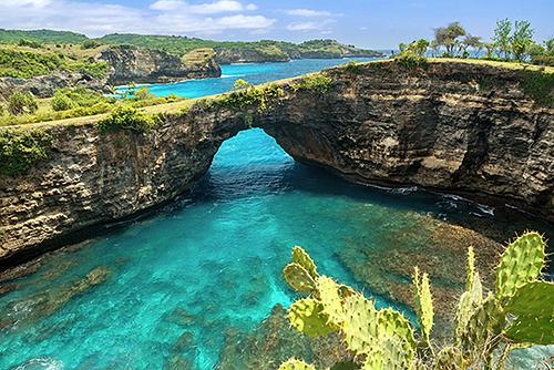 Đảo Bali đang được các hãng bayđẩy mạnh khai thác. Vietnam Airlines là hãng hàng khôngthứ hai có đường bay thẳngTP HCM - Bali, trước đó là Vietjet với tần suất tương tự nhau. Ảnh: Metro.