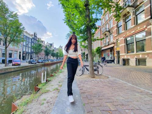 Bí quyết chụp ảnh khi du lịch một mình ở châu Âu - 6