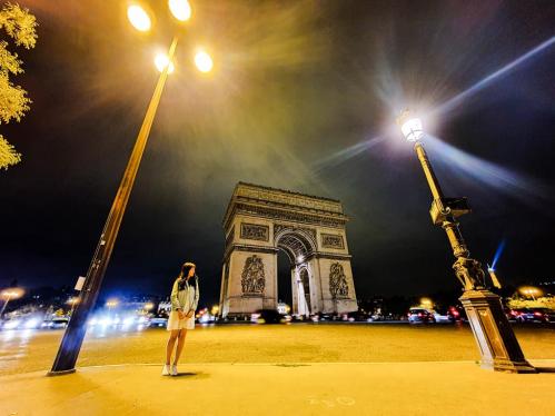 Bí quyết chụp ảnh khi du lịch một mình ở châu Âu - 2