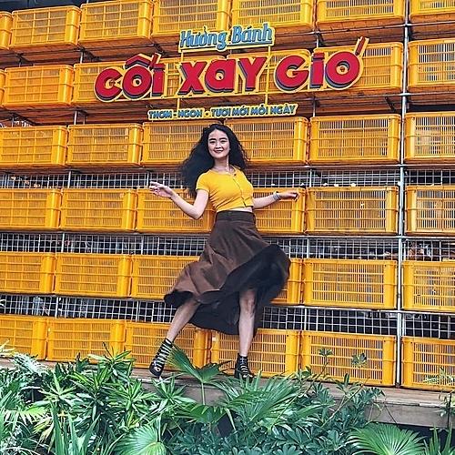 Background chụp ảnh là từ những chiếc rổ đang hot ở Đà Lạt. Ảnh: @coixaygiovn.
