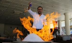 Món 'gà bùng cháy' ở Thổ Nhĩ Kỳ