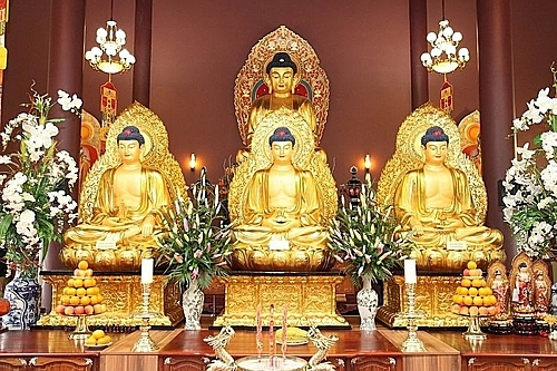 Tượng Phật trong chùa Linh Thứu. Ảnh: Chùa Linh Thứu.