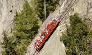 Chuyến tàu dốc nhất thế giới