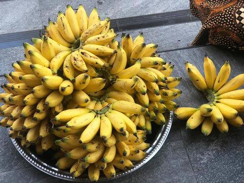 Chuối, quả salak là những loại quả được bán rất nhiều ở Bali.