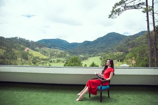 Tiểu Vy yêu thích cảnh thiên nhiên Đà Lạt nên dự định sẽ trở lại thành phố mộng mơ mỗi khi có thời gian rảnh.