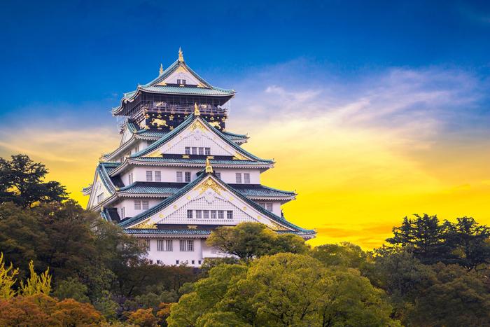 Lâu đài Osaka - Biểu tượng nổi tiếng của xứ sở Hoa Anh Đào  (Nguồn ảnh: Shutterstock)