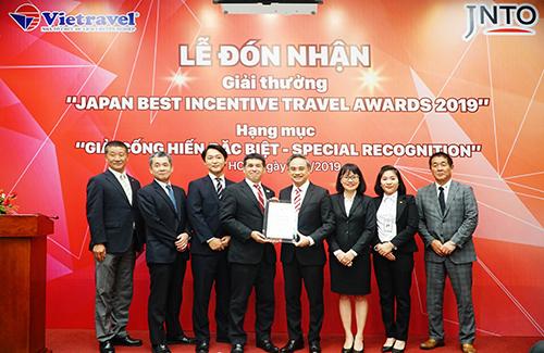 JNTO trao thưởng cho doanh nghiệp lữ hành ngày 8/11. Ảnh: Vietravel.