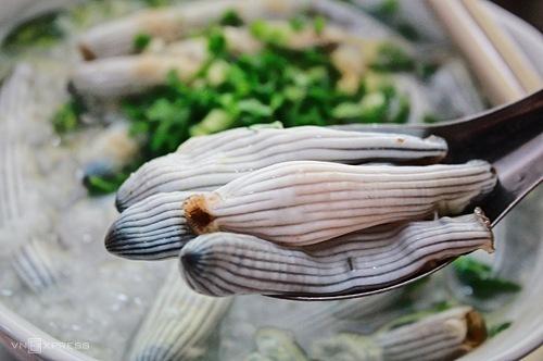 Sá sùng từng là nguyên liệu để tạo nên vị ngọt của phở.